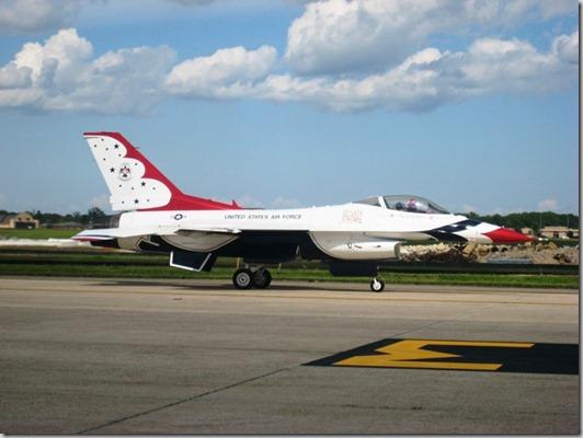 2011 05 - Air Show Thunderbird landed1